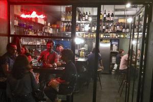 Vinos en Barcelona, Extra Bar