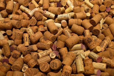 Sacacorchos, corchos botellas