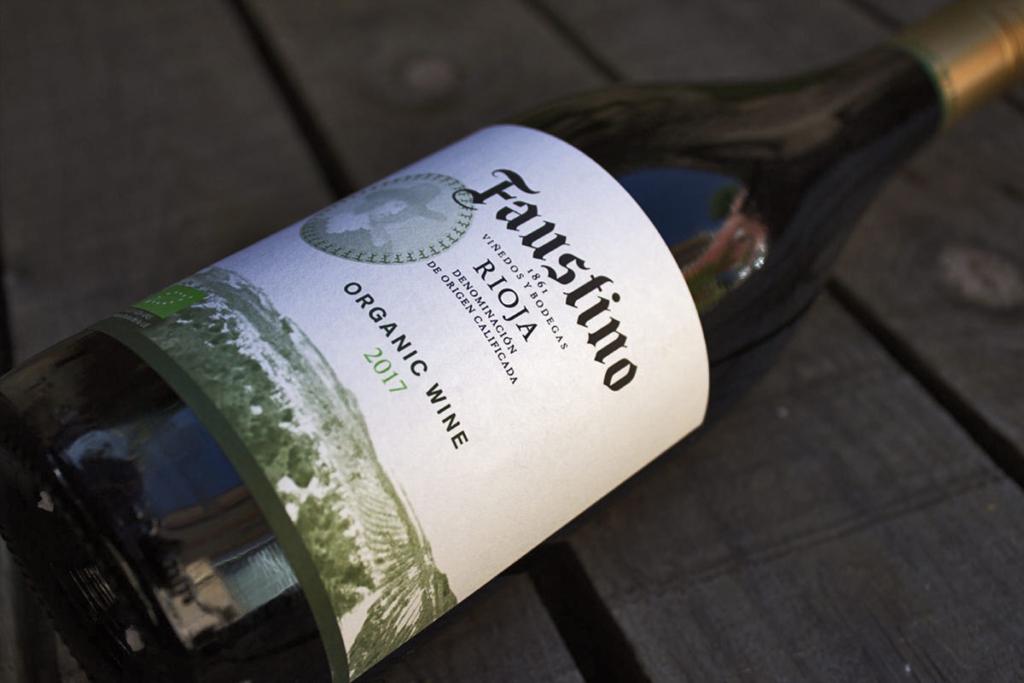 Sostenibilidad en producción vinícola, vino Faustino Organic ecológico
