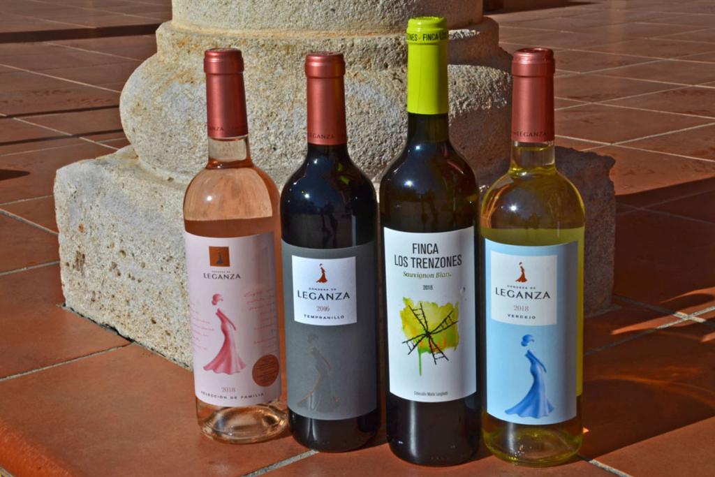 Bodegas Leganza, bodegón botellas vinos