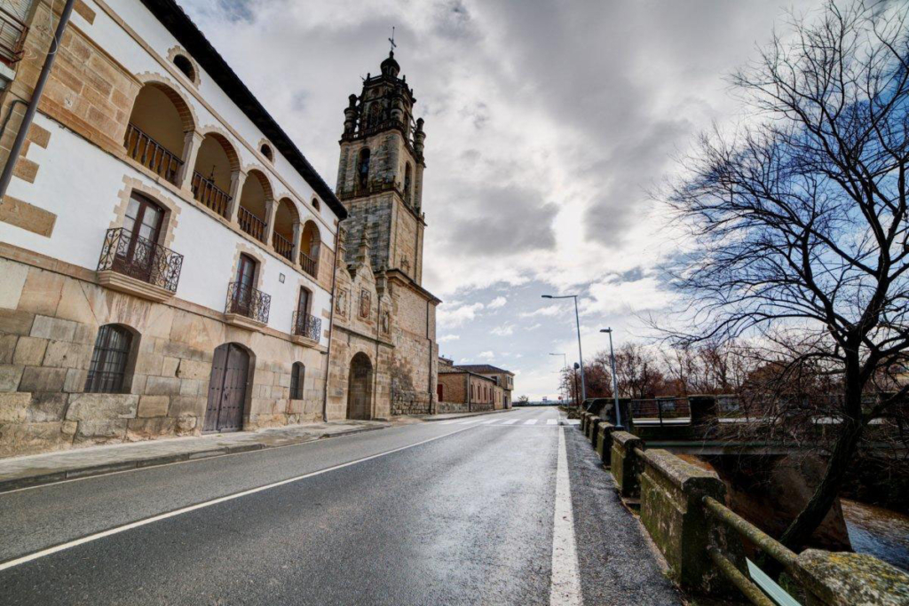Navarra Slow Drive, Los Arcos