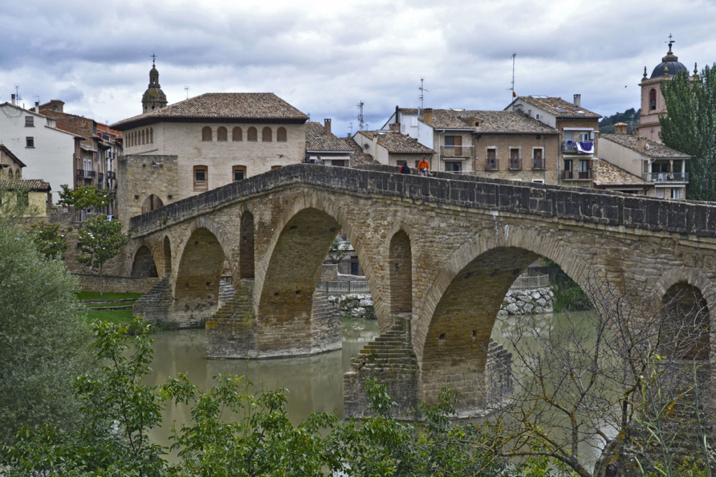 Navarra Slow Drive, Puente la Reina