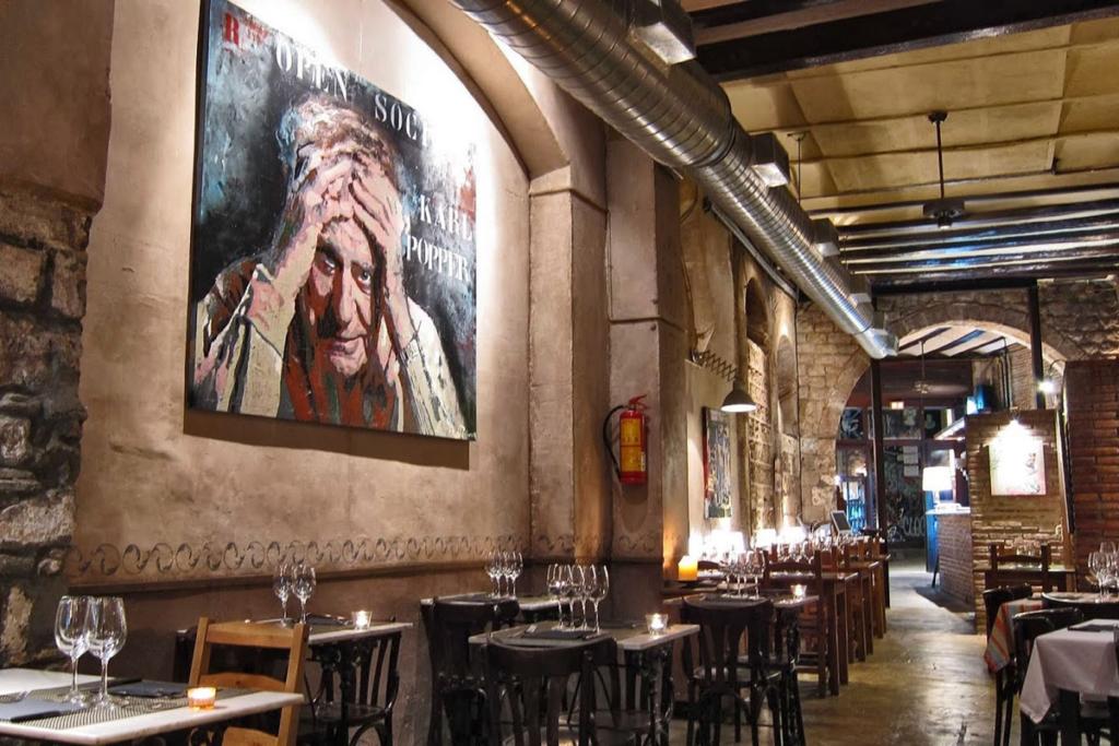 De vinos por Casco Viejo de Barcelona, L'Antic Bocoi del Gotic