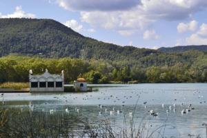 El placer de un nómada moderno, Lago Banyoles