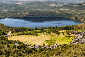 El placer de un nómada moderno, Lago Sanabria