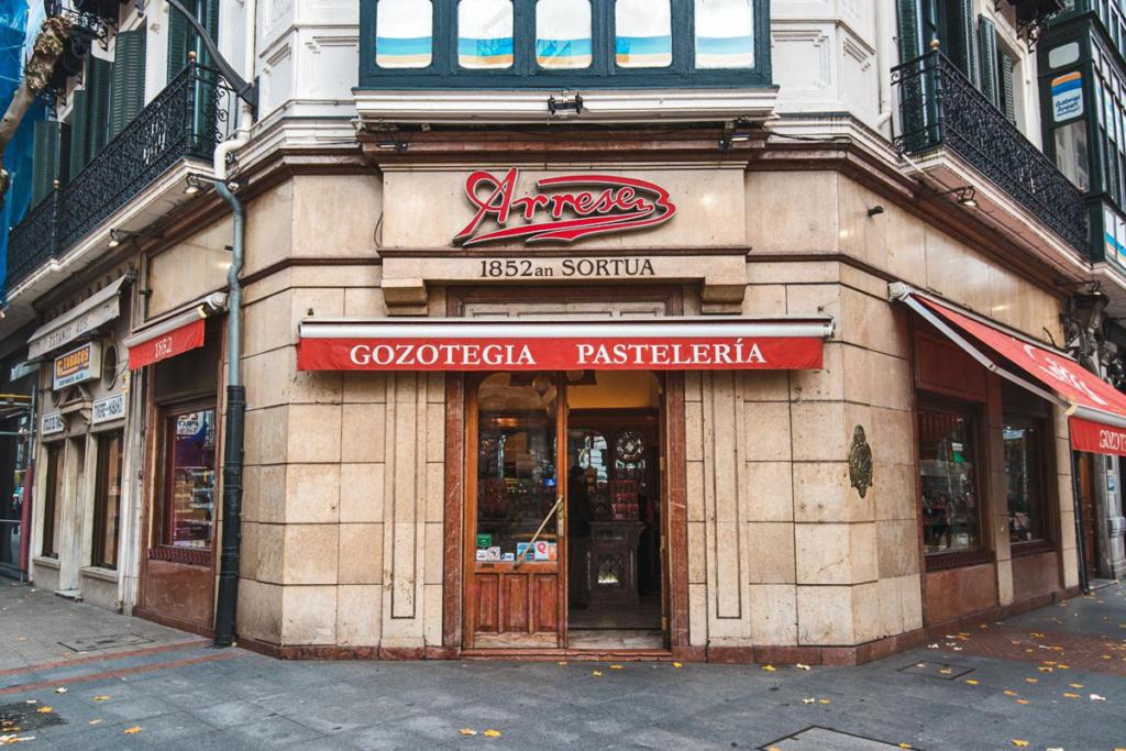 Pastelerias de Bilbao, vino y chocolate, Pastelería Arrese