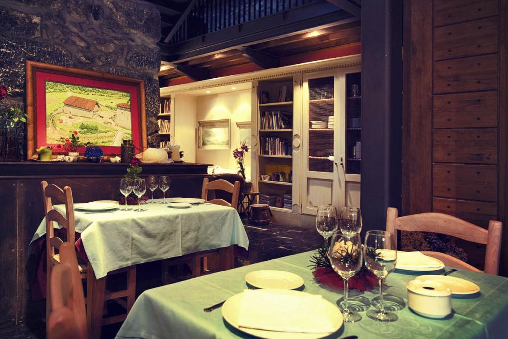 Hoteles Rurales donde disfrutar del vino, Antsotegi