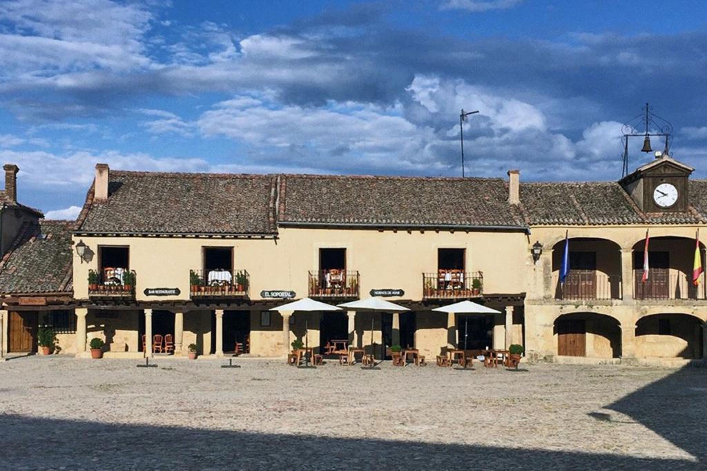 Segovia bien vale una escapada, El Soportal, Pedraza