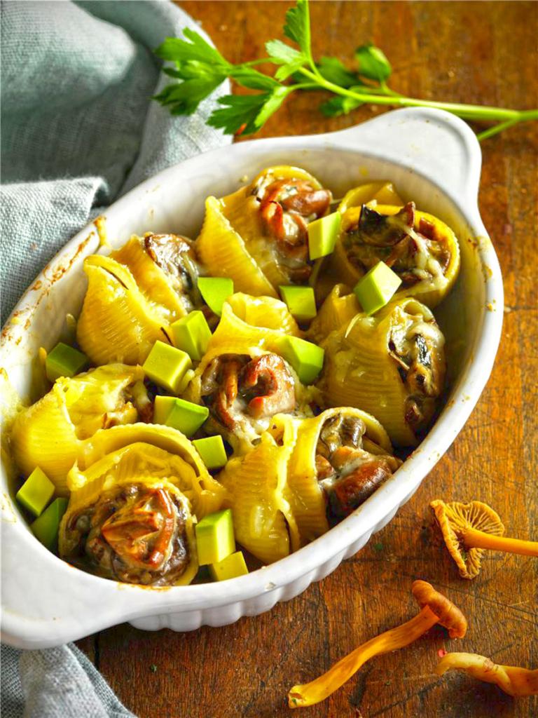 Cuatro platos de setas para otoño, Galets rellenos setas