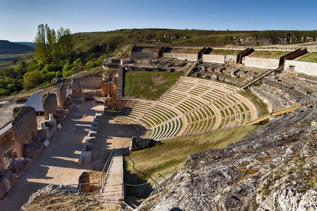 Ocho propuestas viajeras por el sur de Burgos, Clunia