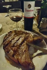 Rafa Macías jefe de sala de Sa Farinera, Restaurante Mallorca, vinos Faustino