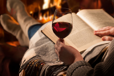 Vino y literatura para quedarse en casa