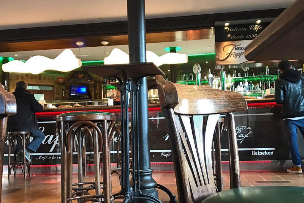 Faustino en Vitoria, Victoria Café