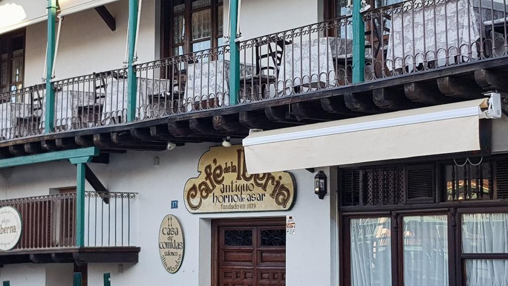 Chinchón siempre apetece, El Café de la Iberia