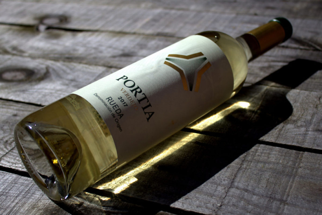 El Rombo mágico de Portia, Vino Bodegas Portia