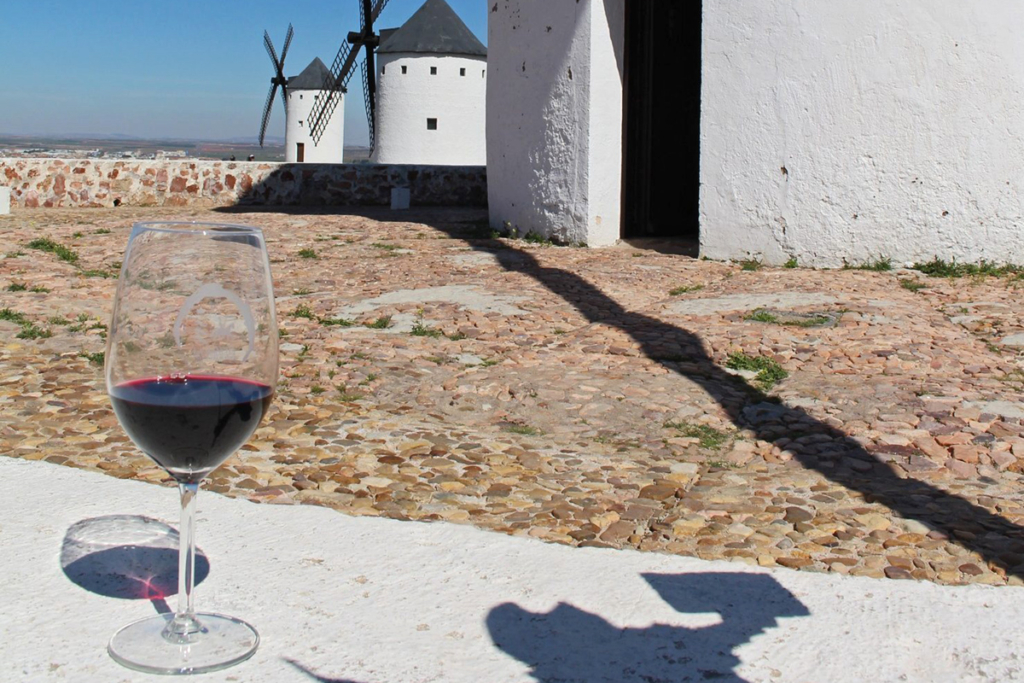 Diez monumentos emblemáticos españoles - primera parte, Molinos de viento Castilla La Mancha, Quijote