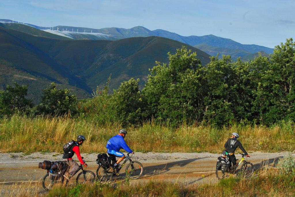 Mitos y Leyendas del Camino de Santiago, peregrinos en bicicleta