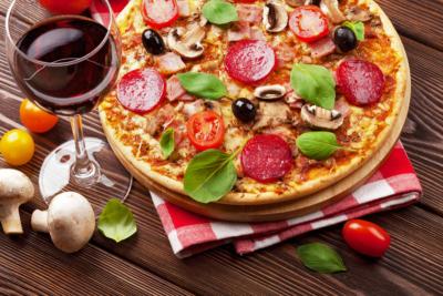 Fast Food y vino, pizza y vino