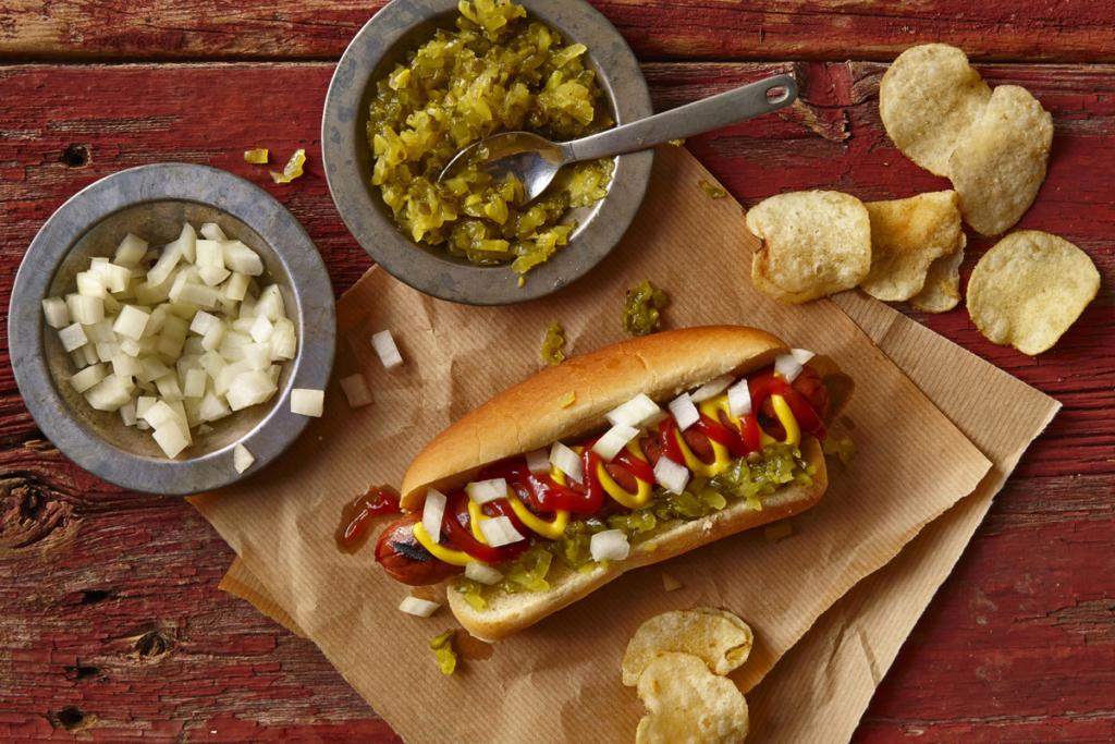 Fast Food y vino, perrito caliente, hot dog