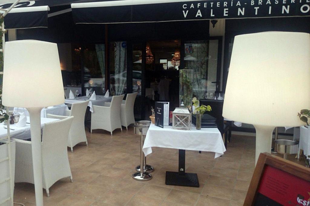 De bares por la costa de Alicante, Nou Valentino